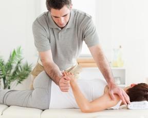 <!--:lv-->Osteopātija<!--:--><!--:ru-->Остеопатическое  лечение<!--:-->